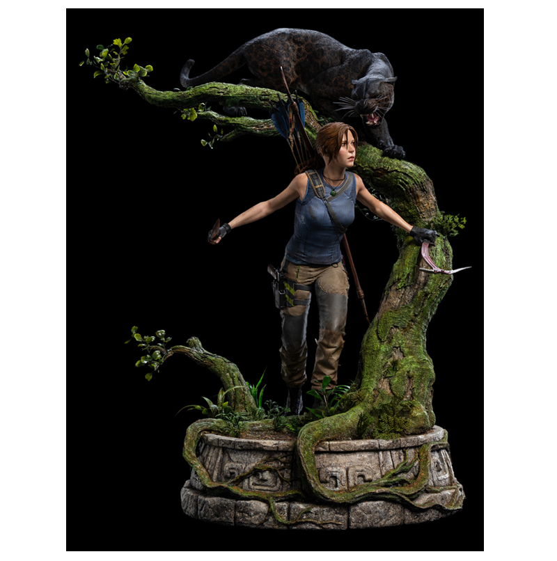 """A picture of the Weta Workshop """"Queen of the Jungle"""" statue"""